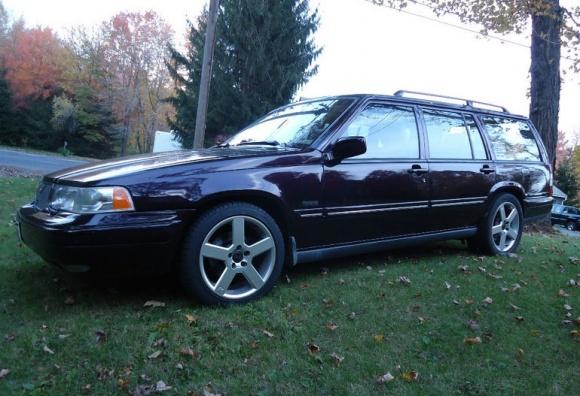 1997_Volvo_V90_Wagon_