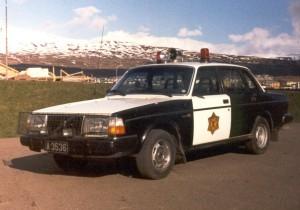Fyrsta lögreglufólksbifreiðin á Akureyri Volvo árið 1984