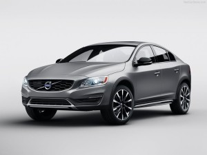 Volvo-S60_Cross_Country_2016_800x600_wallpaper_01