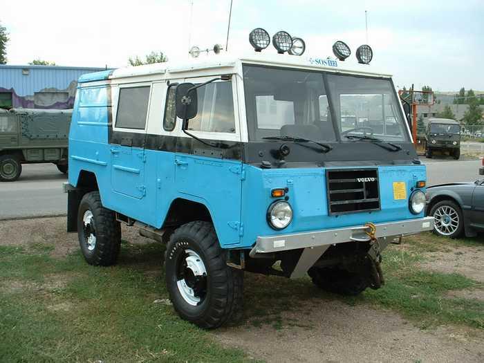 volvo-c303-6x6-ambulance-07